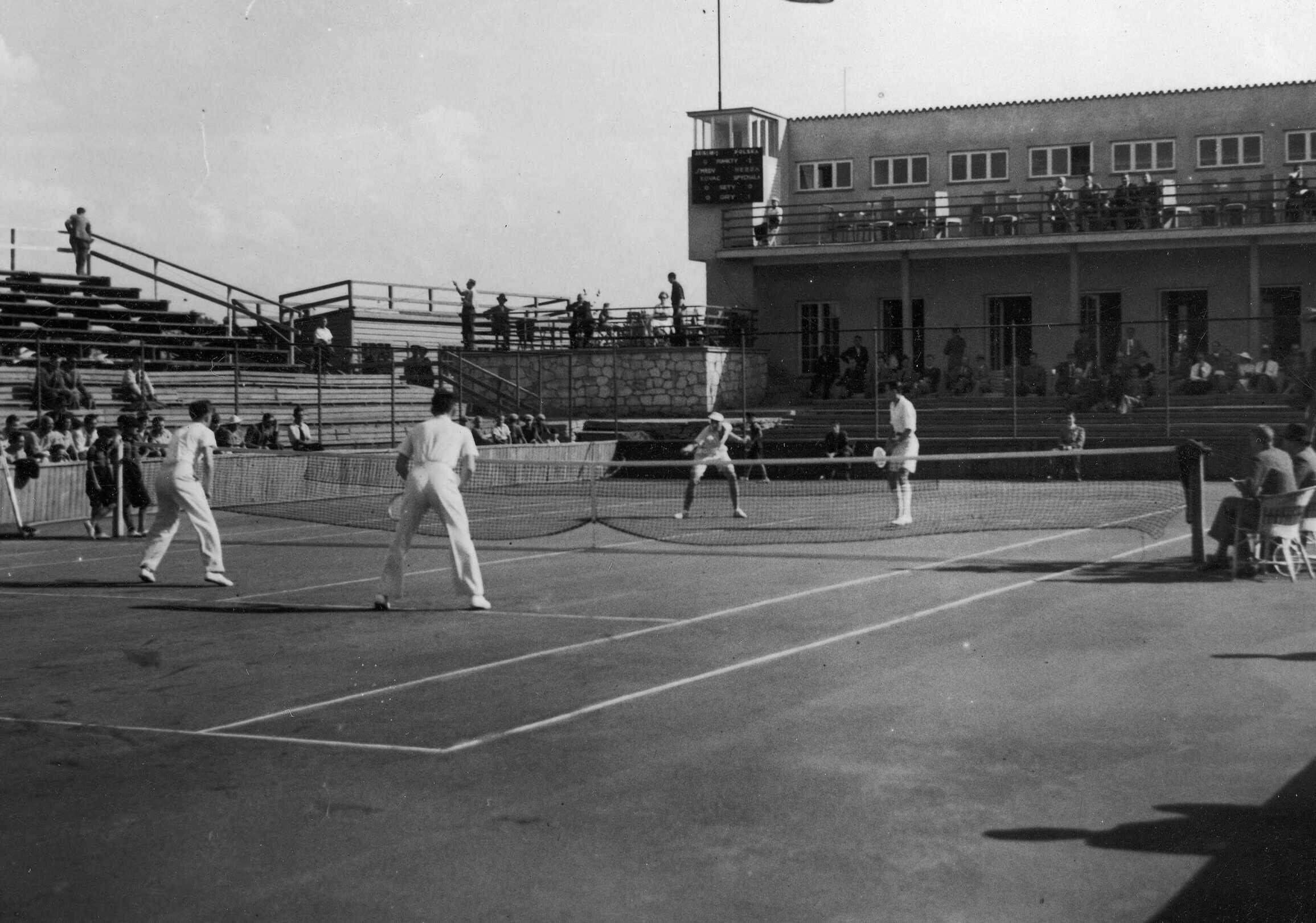 Historia sekcji tenisowej