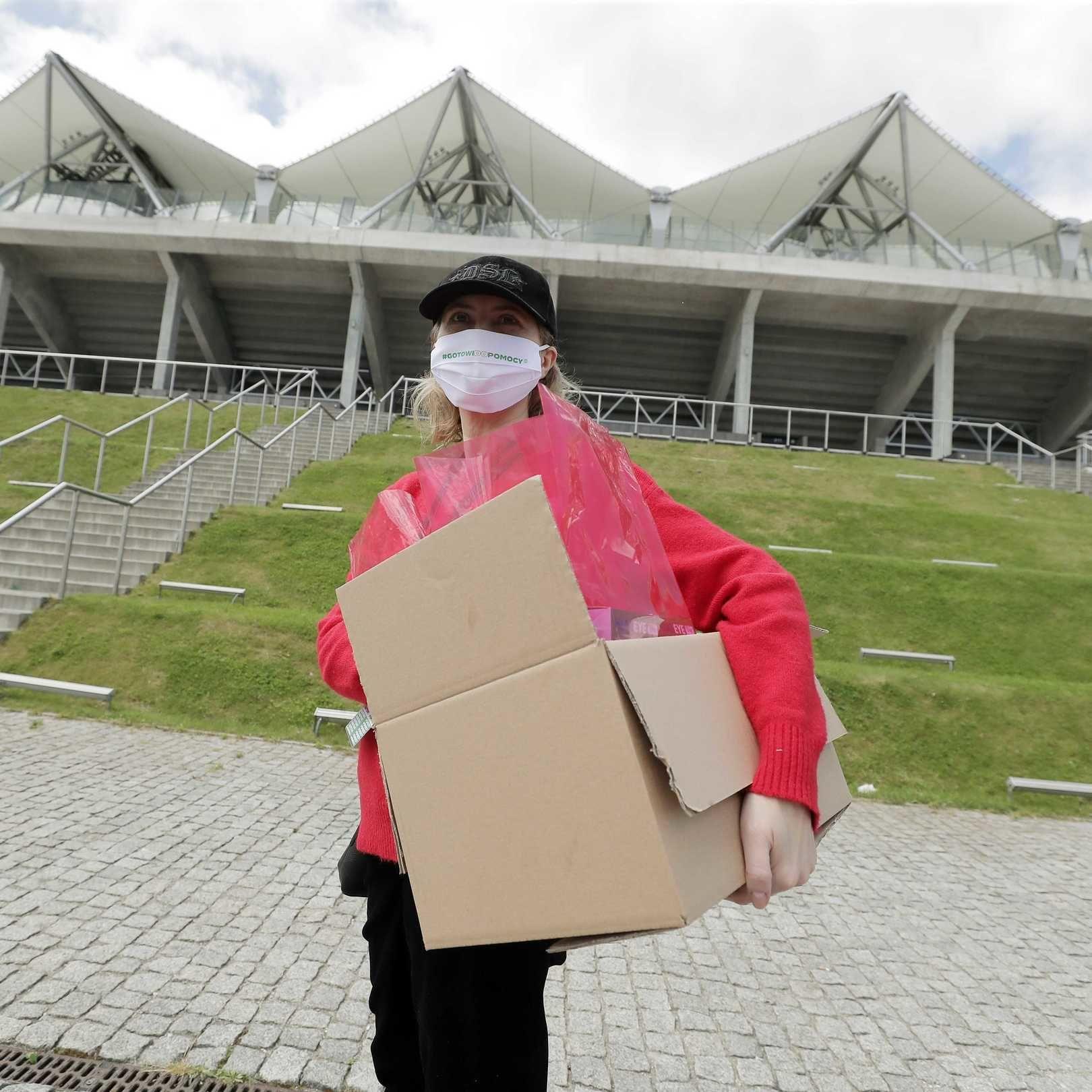 #GOTOWIDOPOMOCY: Iza Kuna gotowa do pomocy!