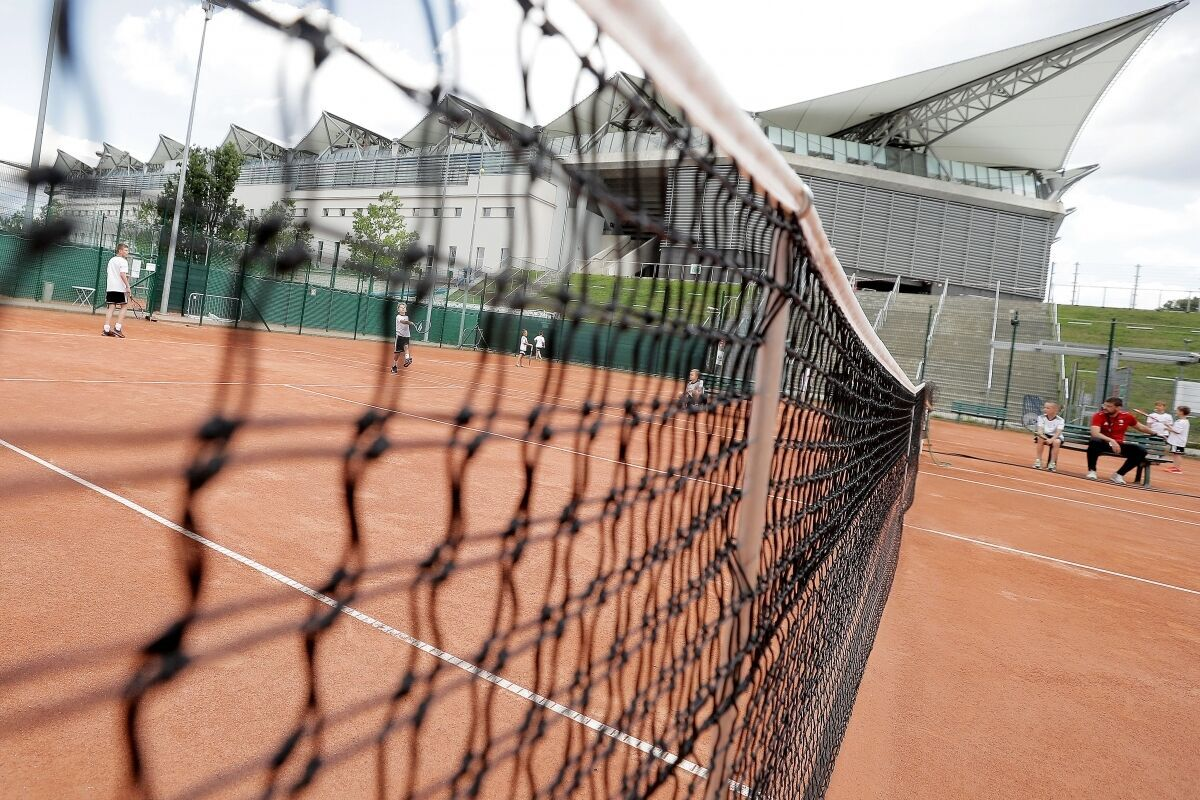 Kontakt z sekcją Tenis & Golf